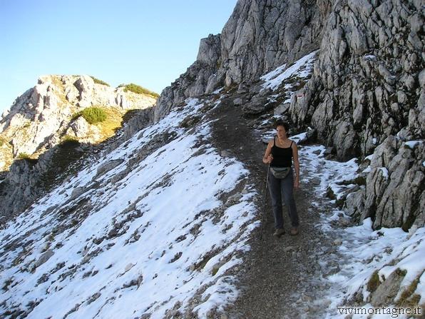 La prima neve sul sentiero di Cima Cacciatori - 22 settembre 2007